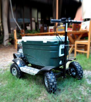 cuatricooler-cooler-moto-transporte-bebiidas-creativo