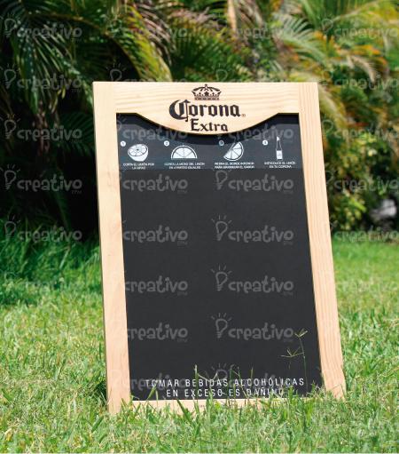 pizarra-corona-blackboard-visual-marketing