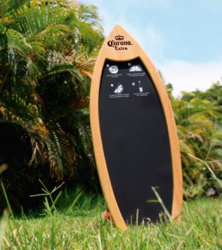 pizarra-tabla-surf-blackboard-surfboard-visual marketing