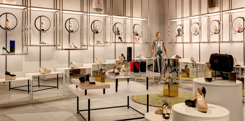 LUXURY BRANDS: WHY DO THEY SUCCEED YOUR POINTS OF SALE?